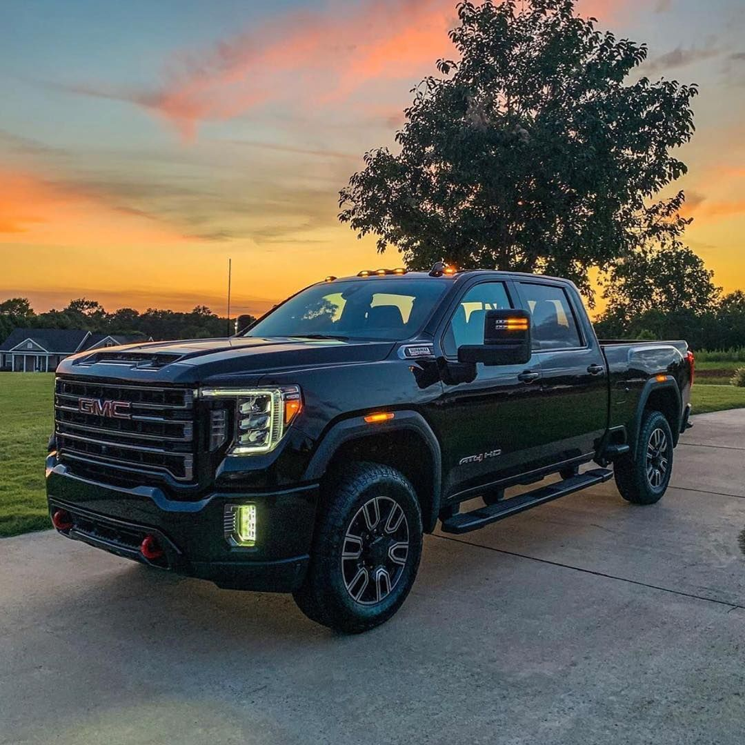 Hjt Kylehand Picked Up The First 2020 Duramax From Woodyfolsomgm