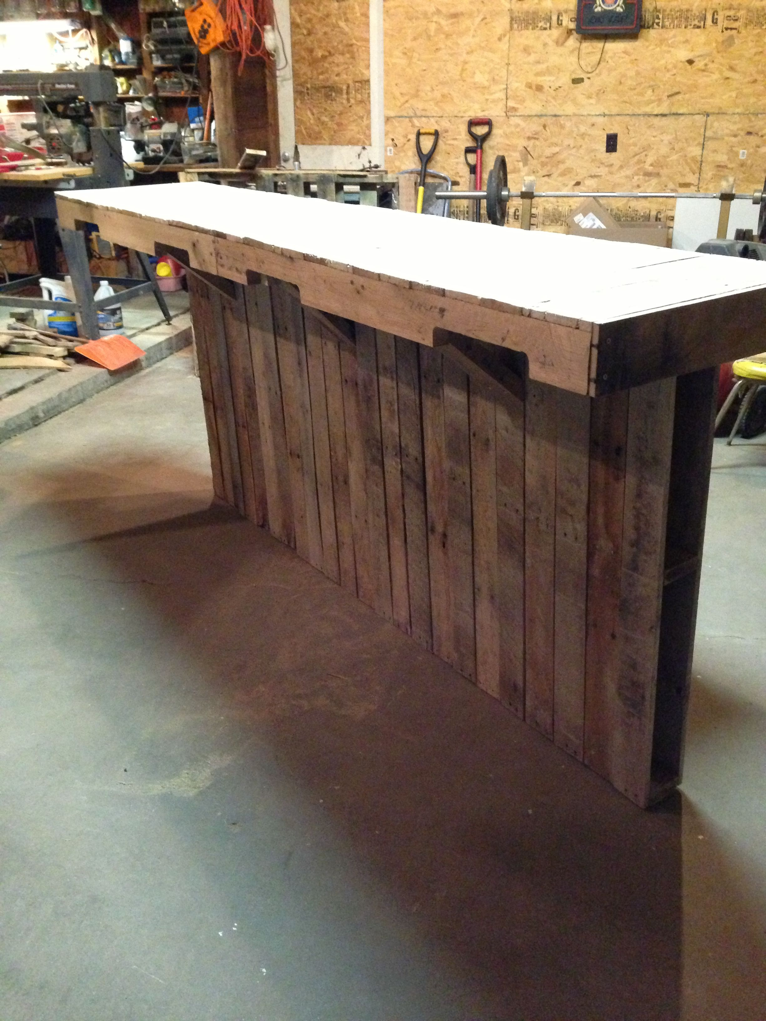 Bar Made Out Of Pallet Boards Store Counter Design Bar Made