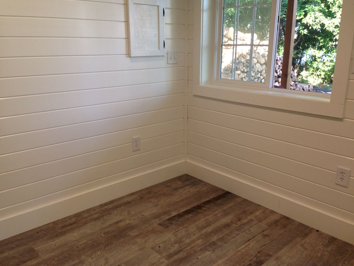 Ceramic Tile Plank Floors Painted White Pine Tongue And Groove Walls In The Changing Room Of The Sauna Tongue And Groove Walls Cottage Homes House Colors