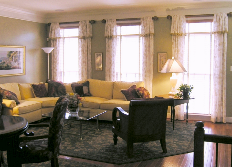 Fun Stuff You Will Love 1  Dining Room Curtains Damask Curtains Inspiration Drapes For Dining Room Design Inspiration