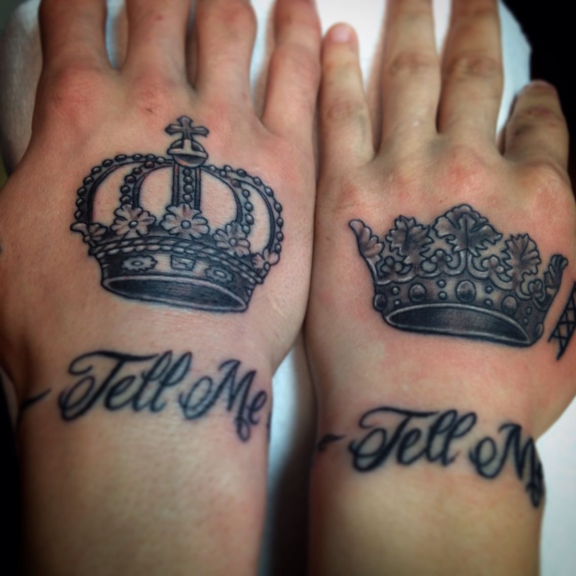 King and Queen crowns tattoo hand matching couple his her ...