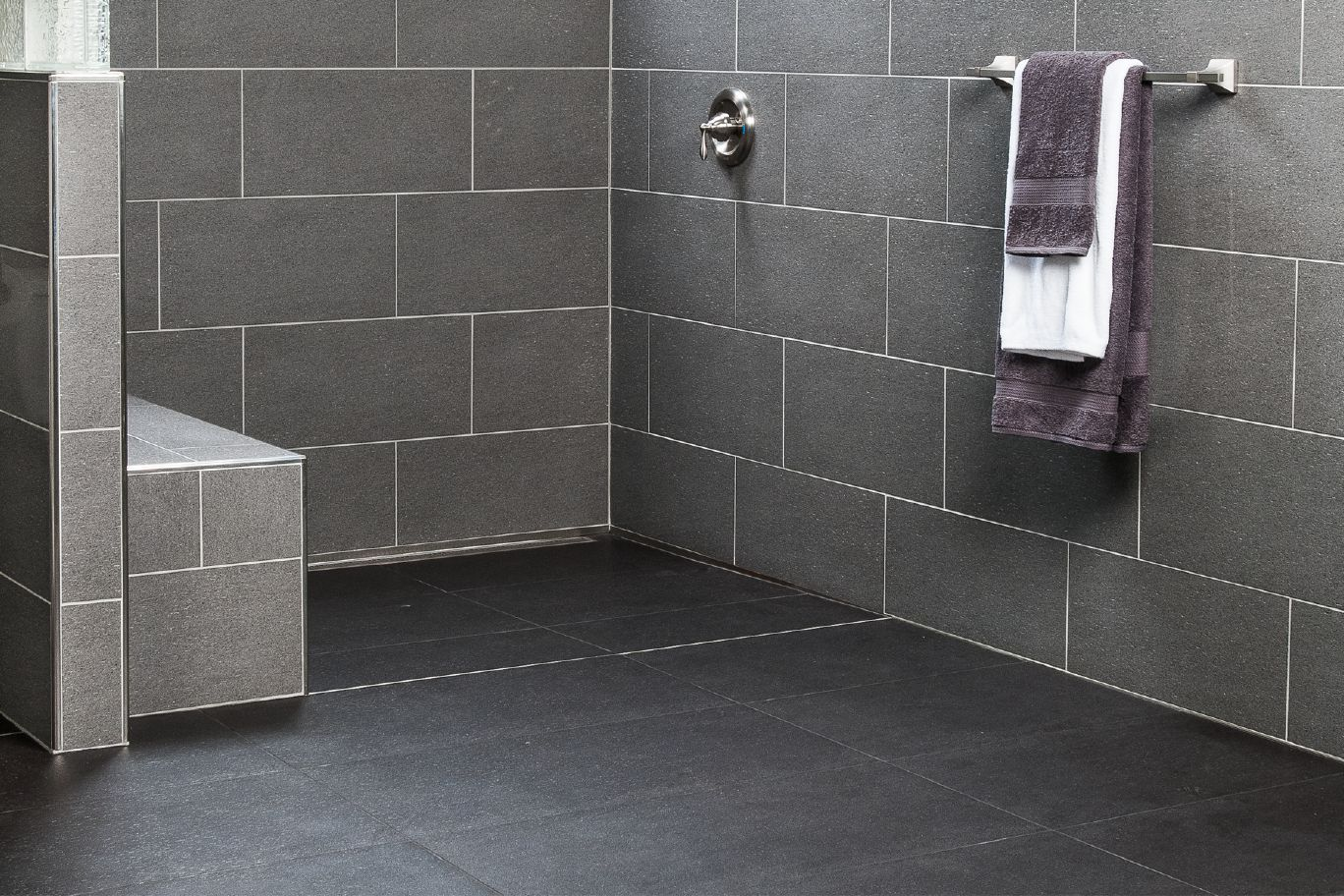 The Schluter® KERDI LINE Linear Drain Allows The Shower Base To Be Sloped  On A Single Plane, Increasing Design Options For Tile.