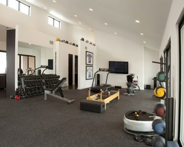 Home gym design  Gimnasio en casa con espejo Sports & Outdoors - Sports & Fitness ...