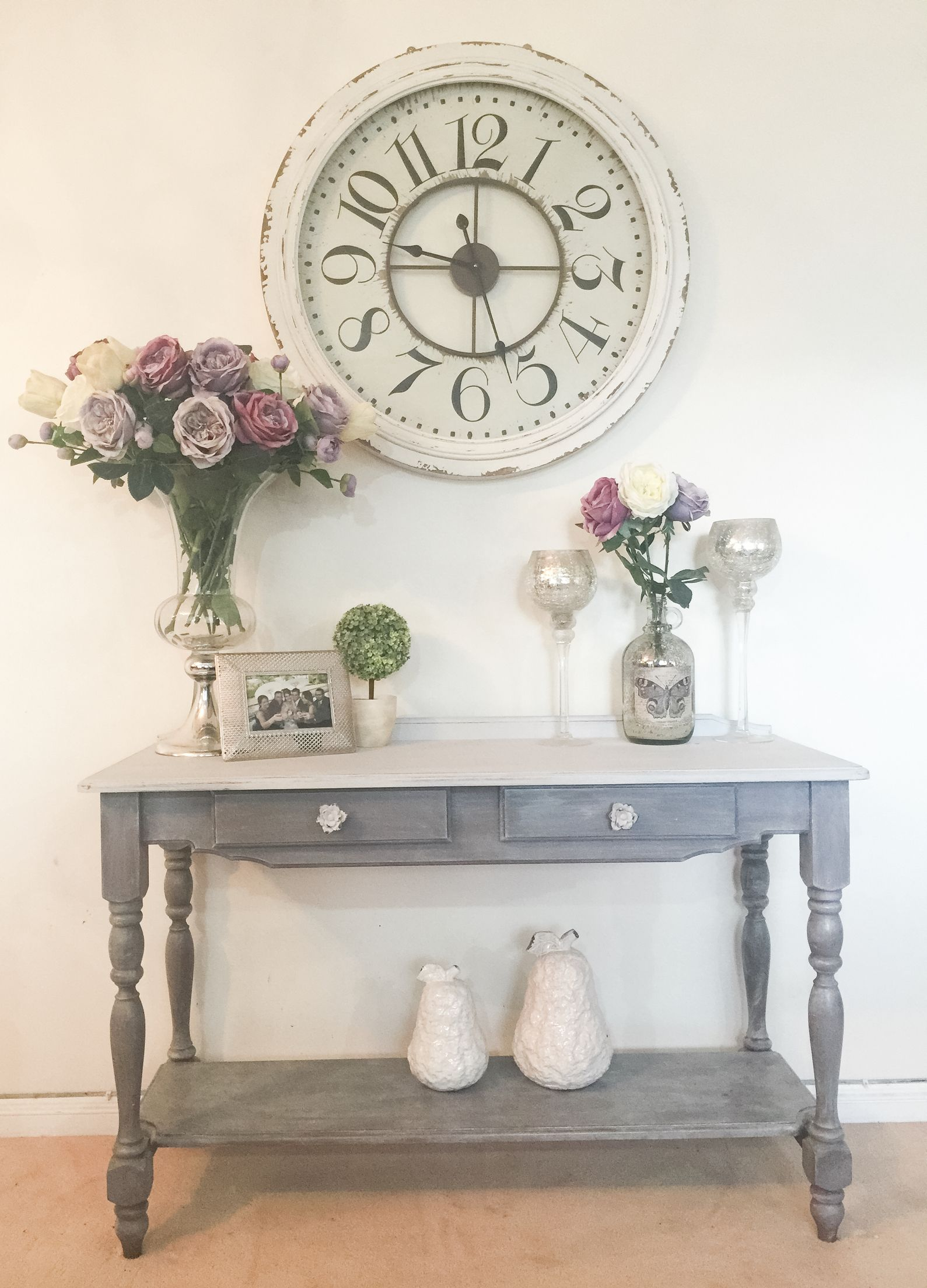 Revamped Pine Hall Table Using Diy Chalk Paint Liming Wax Hall Table Pine Furniture Vintage Farmhouse Decor