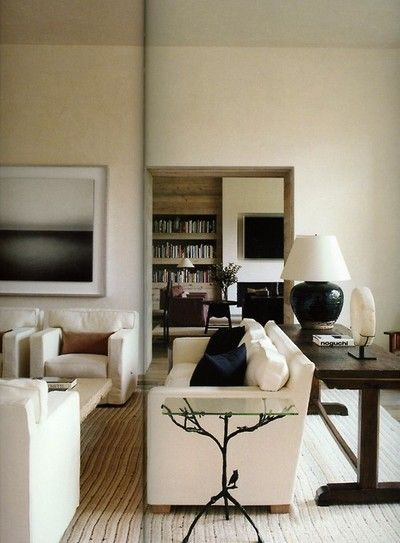 (via POWERFUL | Mark D. Sikes: Chic People, Glamorous Places, Stylish Things)