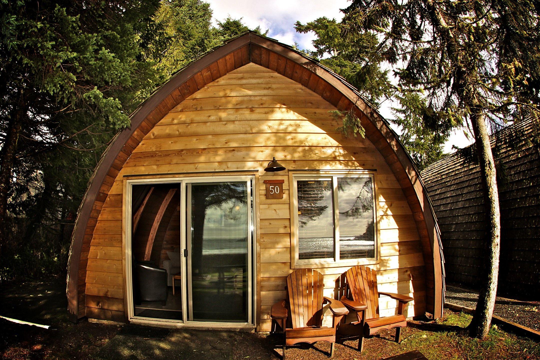 Pet friendly cabins in Tofino Beach cabin, Pet friendly