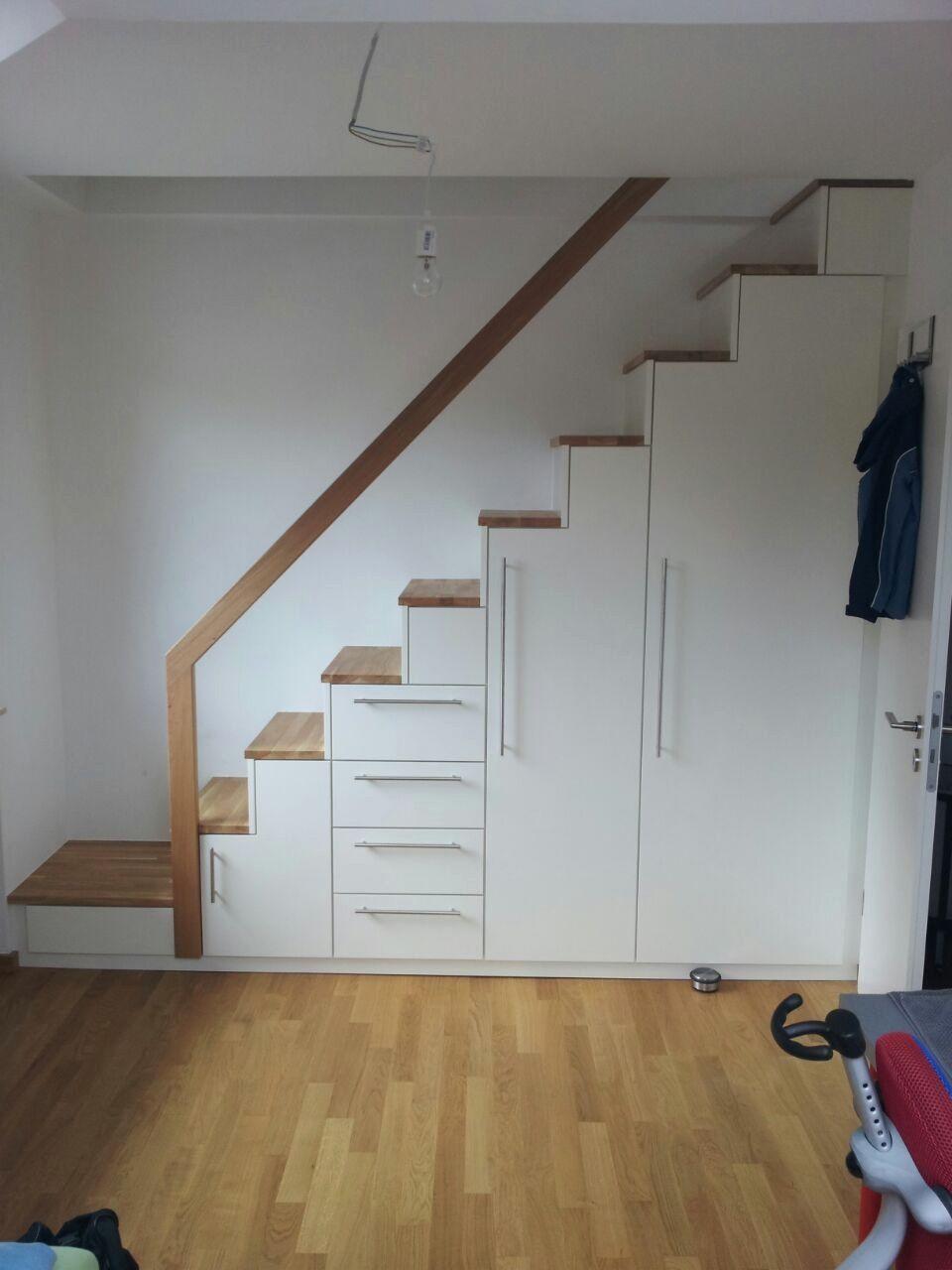 Dachboden Ausbauen Treppe Altholz In Treppe Und Schrank