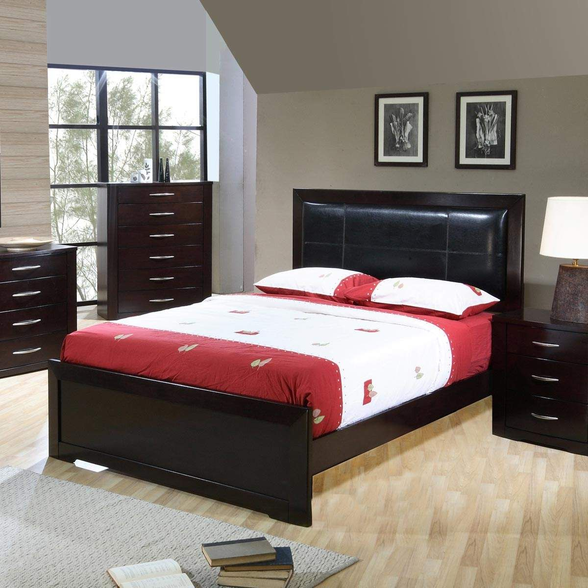 The Stylish Murano Panel Bedroom Set Features A Bi Cast Framed