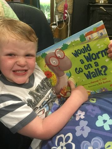 This Day Has Great Potential: Would a Worm Go on a Walk? {Book Review & Giveaway} #WormOnAWalk #FlyBy