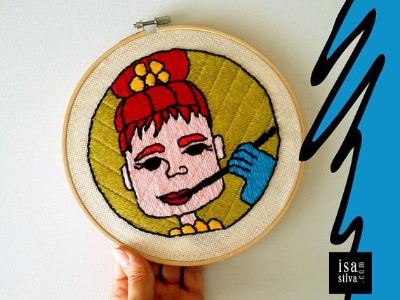 #SquareFaces is a painting project by Isa Silva. Now in #embroidery #hoop art - #Bordados com bastidor #textile