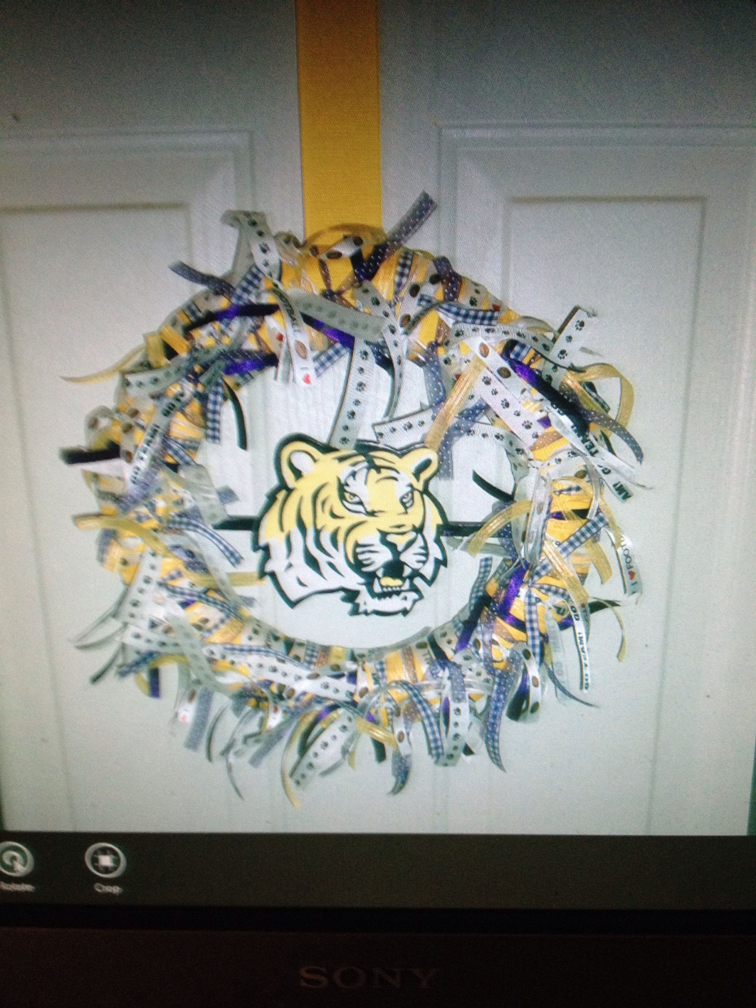 Custom LSU wreath....tiger completely hand carved & hand painted