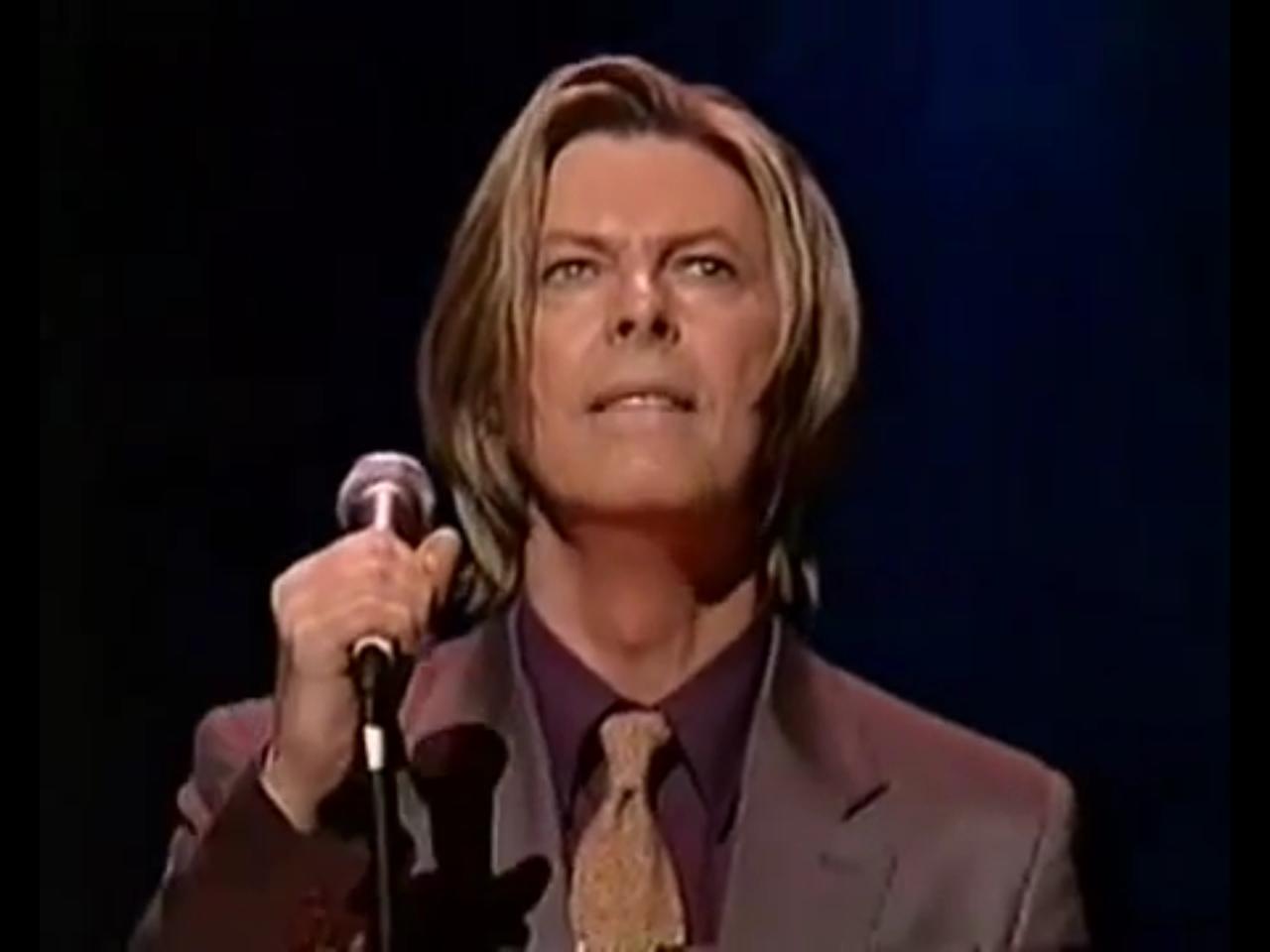 David Bowies Glorious Long Hair 1999 2000 David Bowie Ziggy David Bowie David Bowie Ziggy Stardust