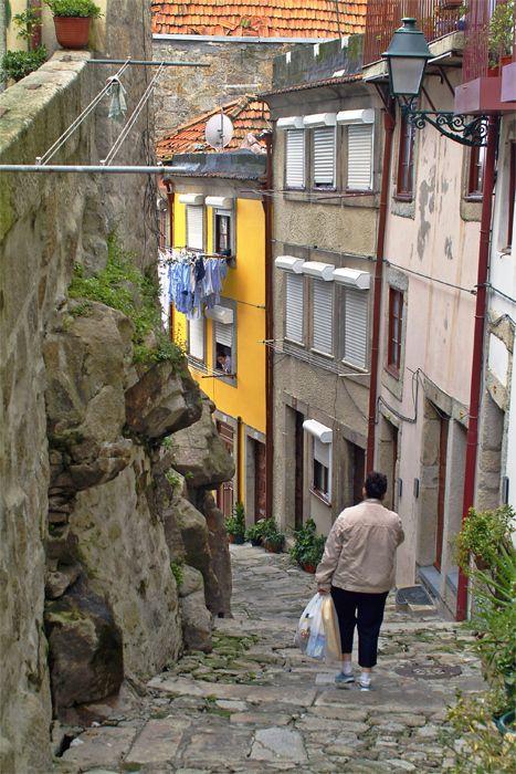 Ruas do Porto / Streets of Porto > Rua de Pena Ventosa - Portugal