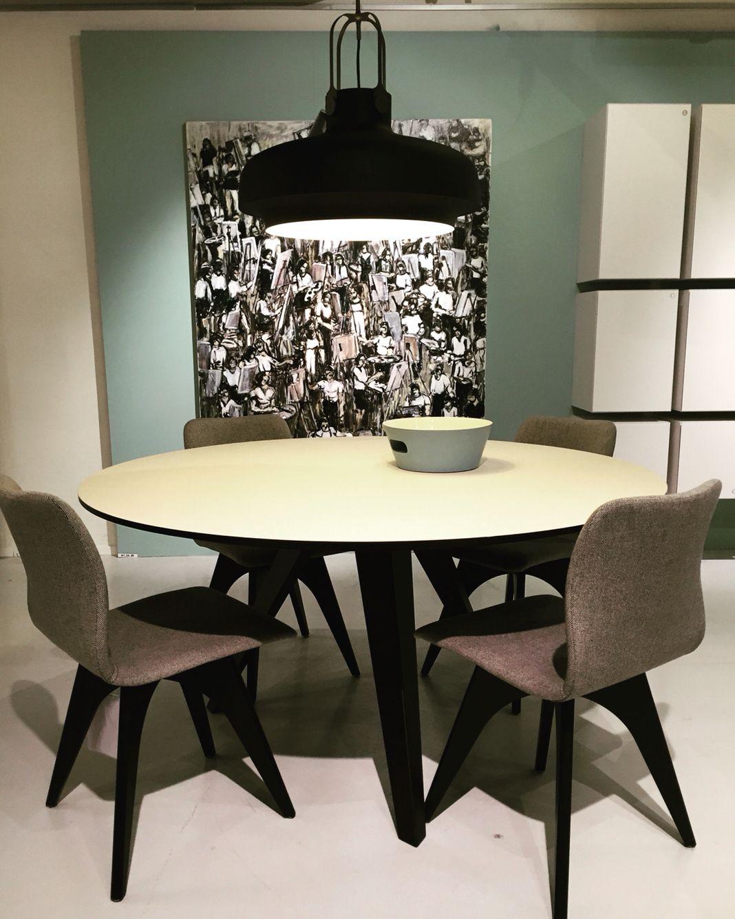Dutch Design | Odesi Belly Table | Design tafel | Odesi Wave
