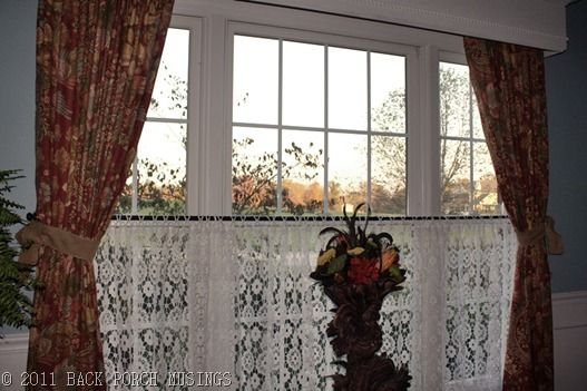 Dining Room? lace curtains