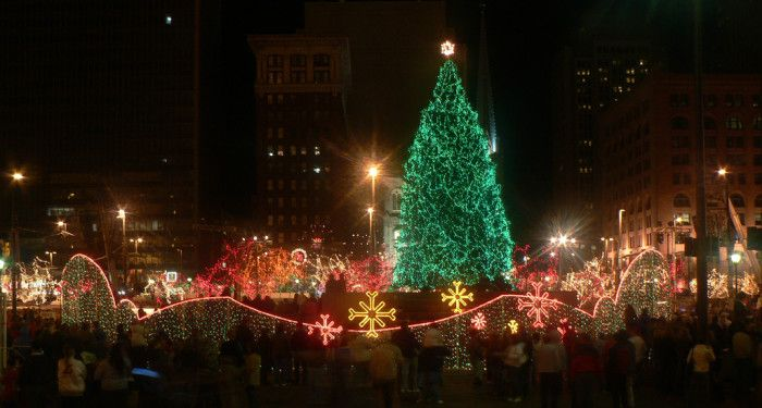cleveland playhouse square christmas light display cleveland