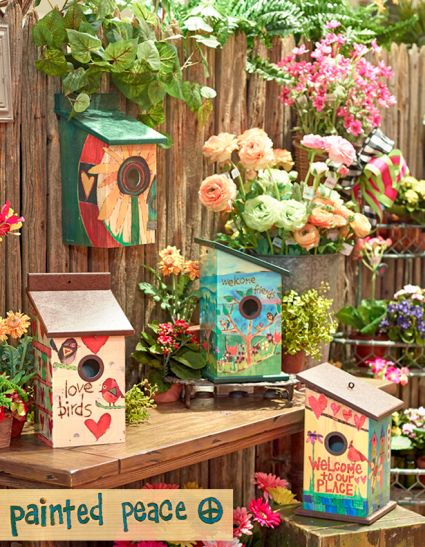 Friends Birdhouse Art Pole Decorative Bird House Gardens Collection At Garden