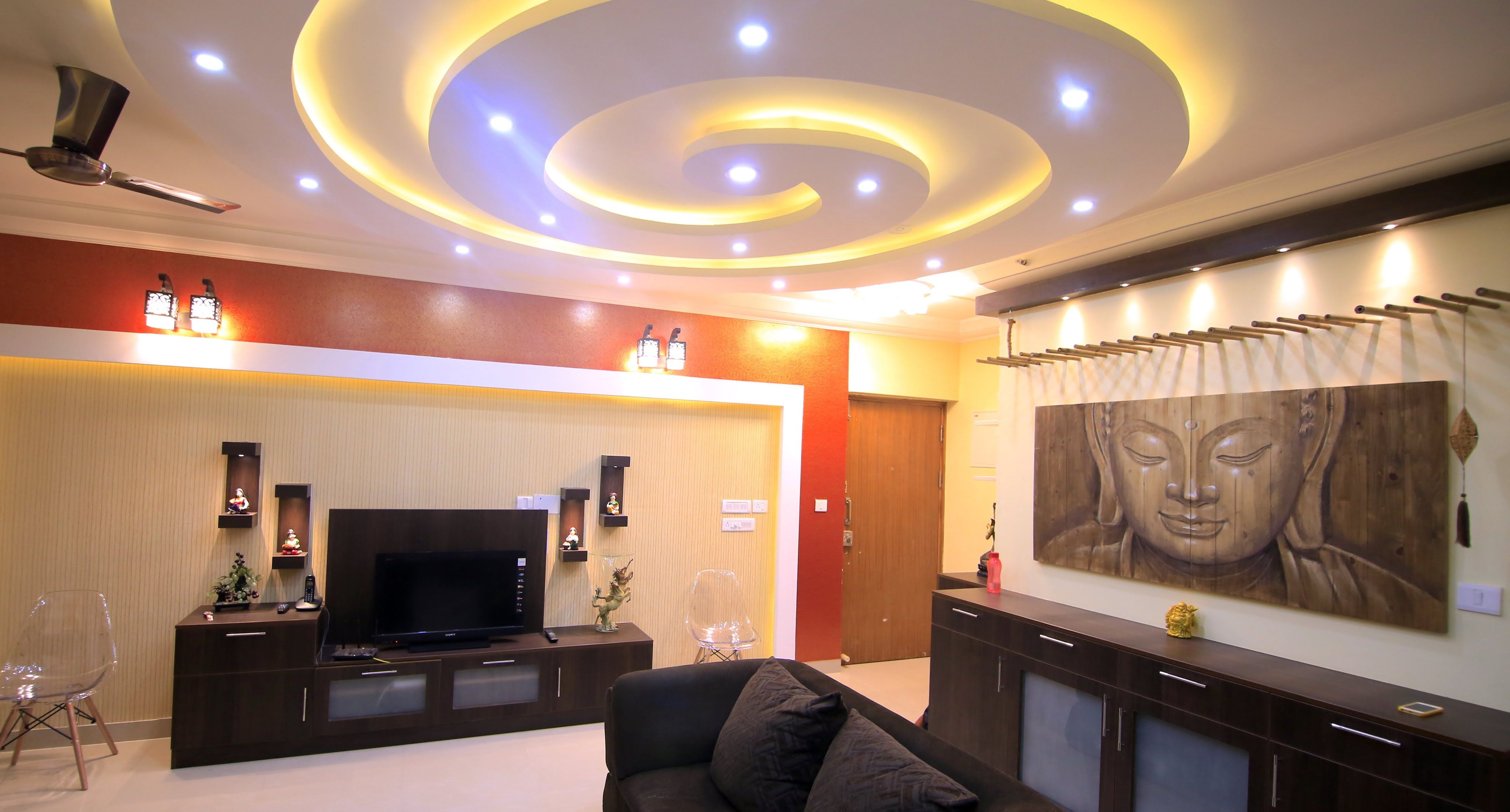 A Walk Through The Interiors Of Salarpuria Senorita Apartment Sandeep And Vaishali Sarjapura RoadBangalore Design This Foyer Has Stunning View