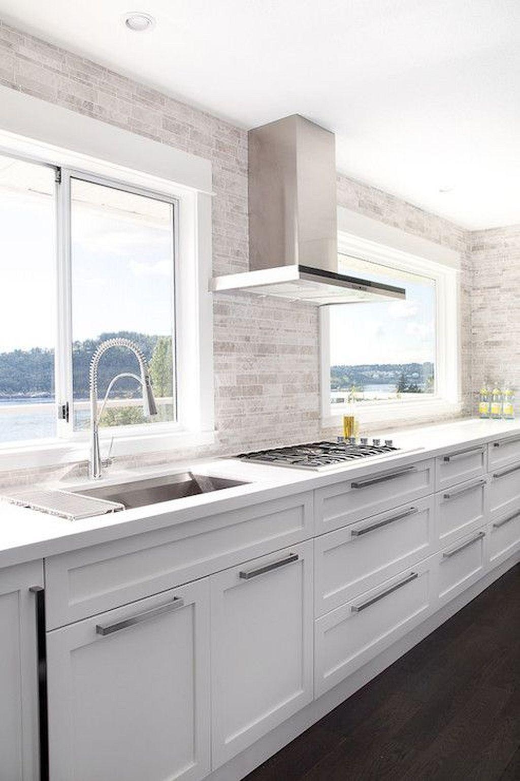 Gorgeous 20 Modern White Kitchen Cabinets Design Ideas Https Architecturemagz Com White Modern Kitchen White Contemporary Kitchen Kitchen Backsplash Designs