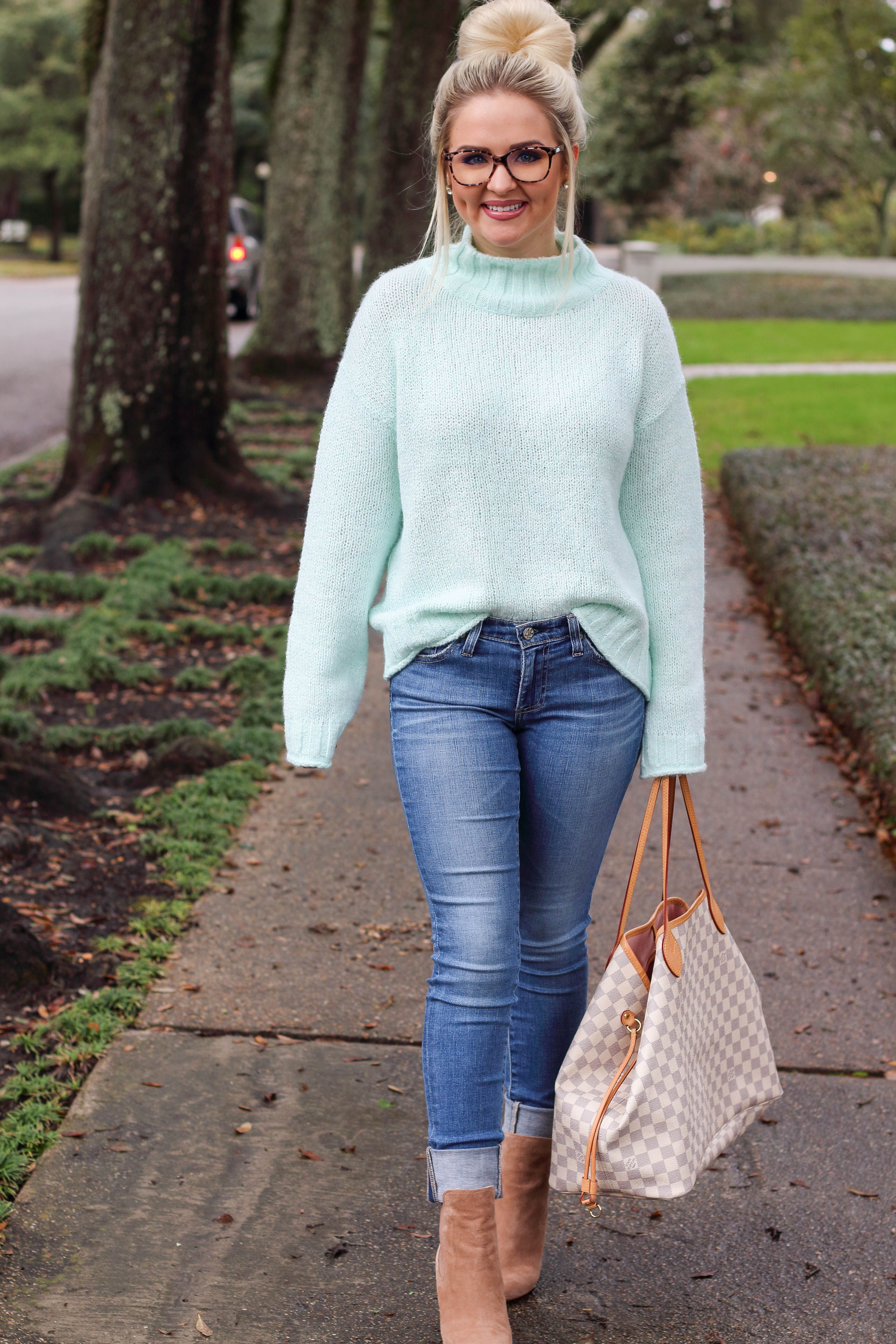 7340d6b71 Sassy Southern Blonde - A Style Blog with a Southern Twist by Kelsie Bynum