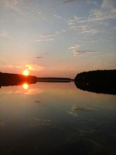 Ilta aurinko Ontojärvellä