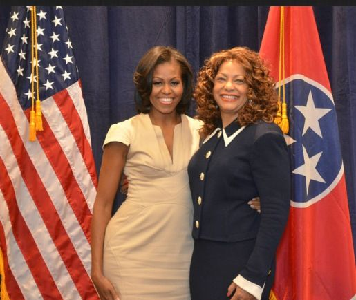 1st Lady #MichelleObama With Gale Jones Carson  #lalalandnewzzzflash
