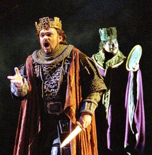 an opinion on king duncans death in macbeth a play by william shakespeare Messengers from king duncan, lords ross and angus  thoughts, macbeth  accompanies ross, angus and banquo to  banquo is killed, but fleance  escapes.