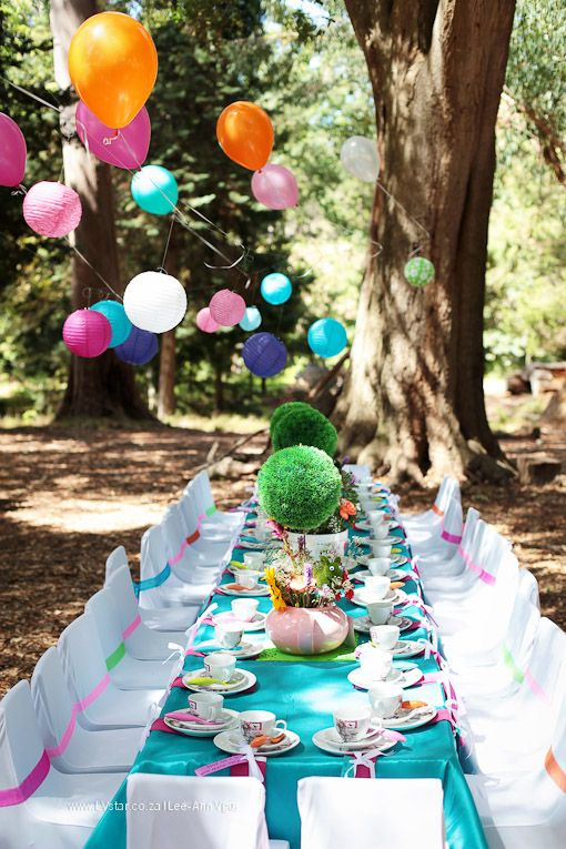 Beautiful Alice In Wonderland Table Setting And Décor Hot Shot