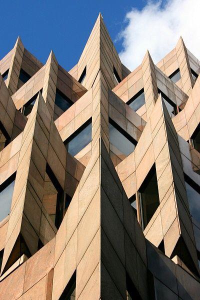 Interesting Building London Architecture Architecture Details Unique Architecture