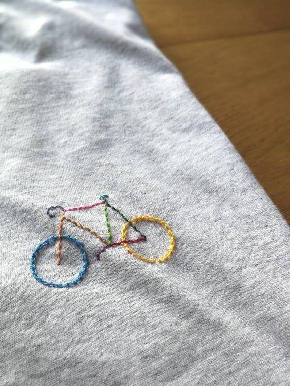 T-shirt coton bio brodé main personnalisable - VELO MULTICOLORE