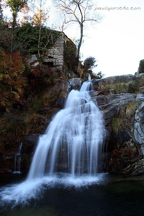 Cascata na serra do Alvão | Fotografia de PauloPorsche | Olhares.com