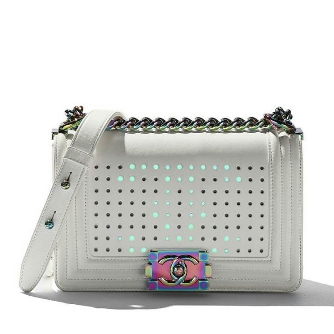 640824a48fd4 Chanel LED handbag | Closet - Bag Chanel in 2019 | Chanel bags 2017 ...