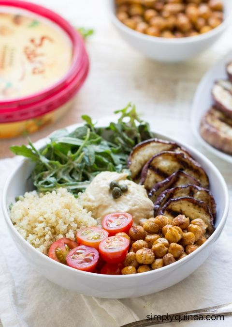 These Mediterranean Quinoa Hummus Bowls are my favorite new lunch! They're quick, easy and totally healthy (not to mention gluten-free + vegan too!)