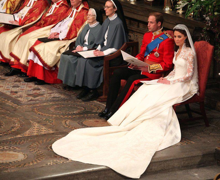 William Und Kate In Love Die Hochzeit Des Jahres Kate Middleton Hochzeitskleid Kate Middleton Hochzeit Prinzessin Kate