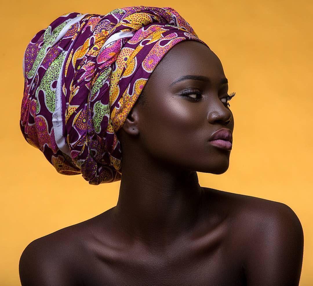 pin de denisse mondrag n en headshot pinterest turbantes africanos y turbante. Black Bedroom Furniture Sets. Home Design Ideas
