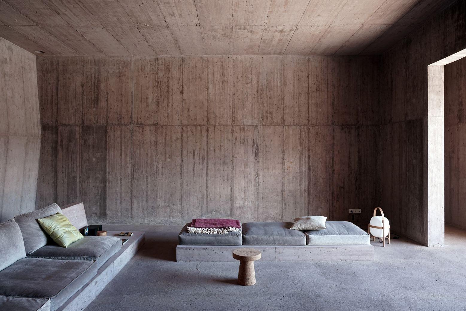 Villa Além in Alentejo, Portugal by Valerio Olgiati