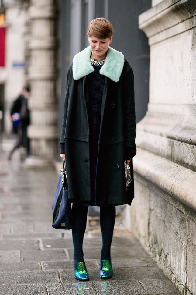 Black topper and a pop of color with those shoes complete this look in Paris.