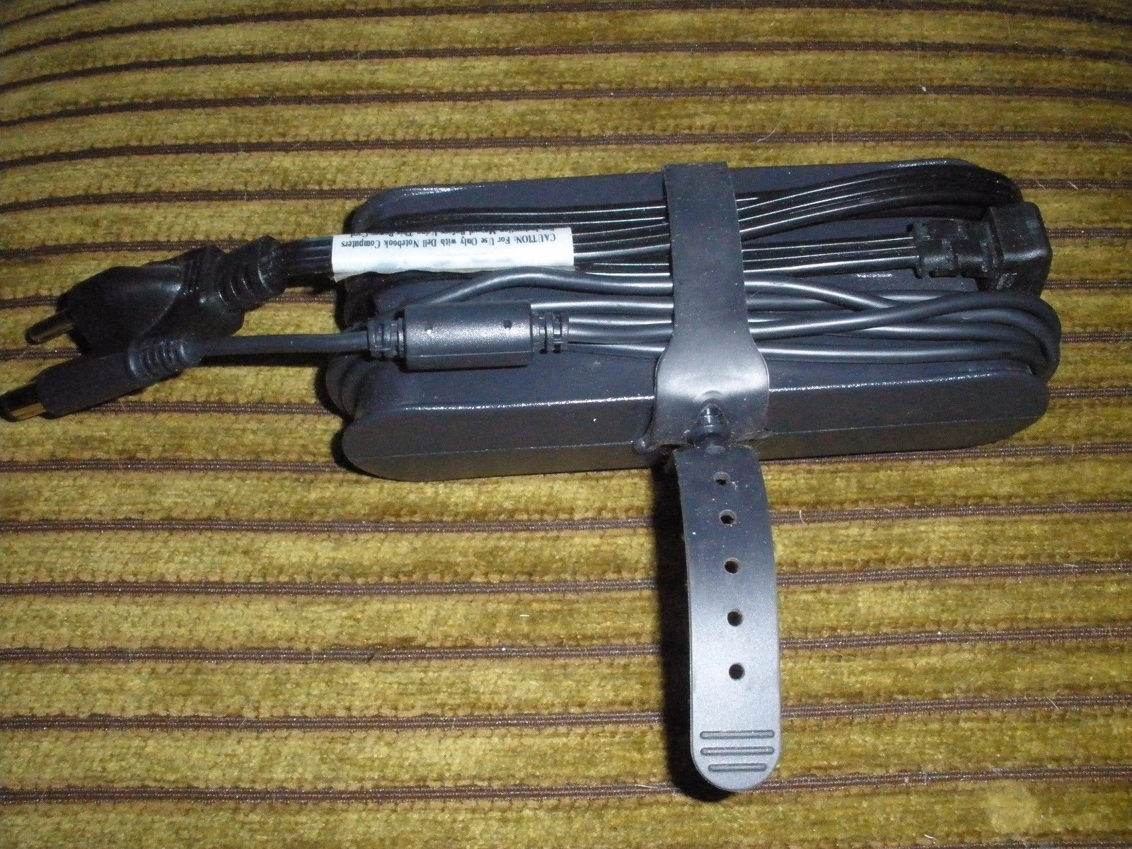 Dell Laptop Charger for Dell Inspiron R 3521 1318 1440