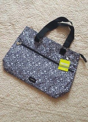 Įsigyk mano drabužį #Vinted http://www.vinted.lt/moteriskos-rankines/rankines/21190826-visiskai-nauja-carpisa-patogi-rankine