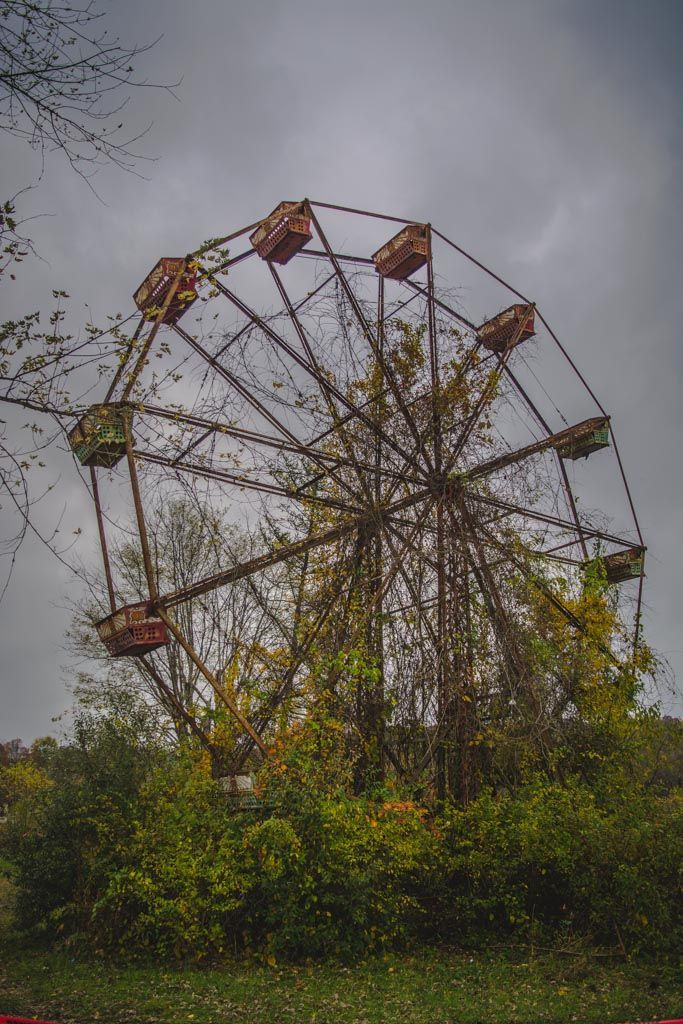 The Haunted and Abandoned Lake Shawnee Amusement Park in West Virginia