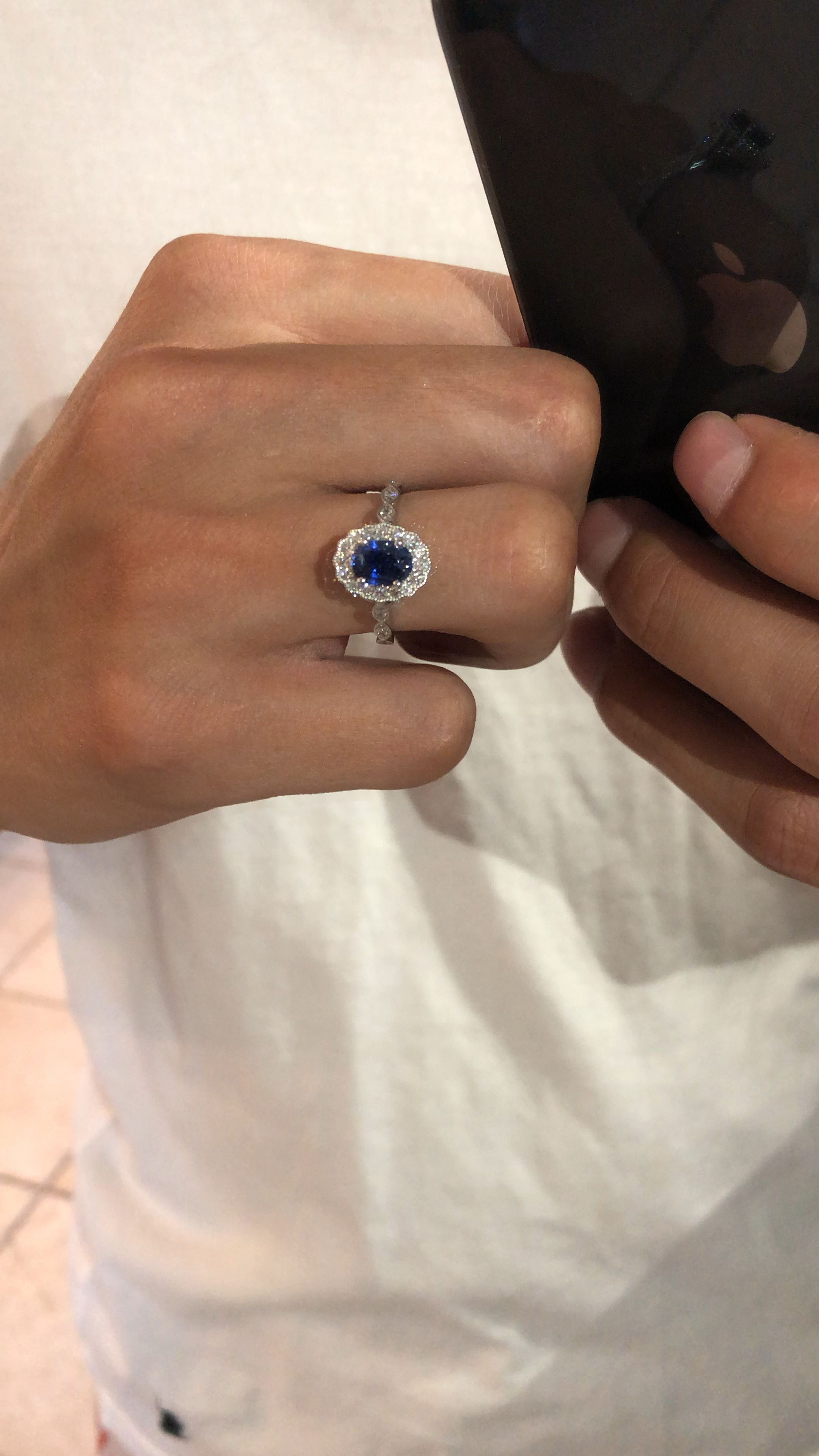 1 Carat Oval Blue Sapphire Diamond Scalloped Halo Engagement Ring Blue Carat Diamond In 2020 Blue Sapphire Rings Engagement Rings Sapphire Womens Rings Gemstone
