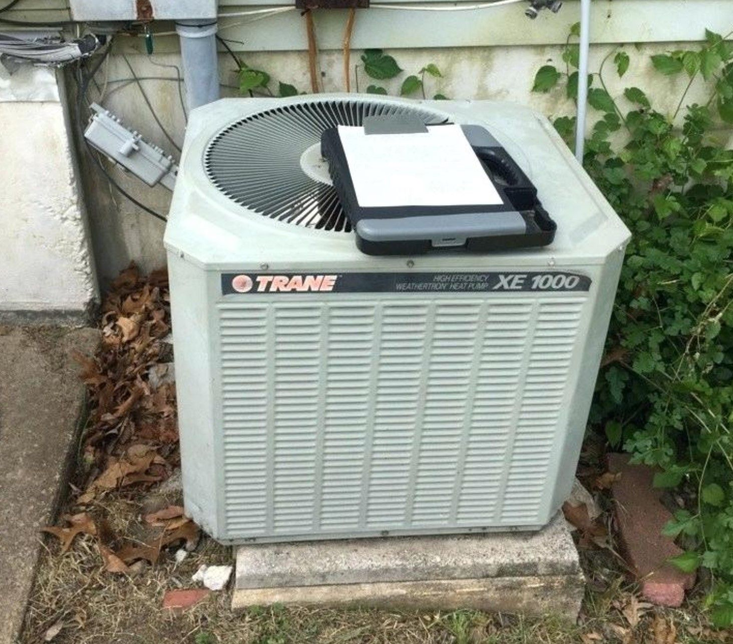 Trane Xe1000 Specifications Reviews Trane Outdoor Air Conditioner Heat Pump