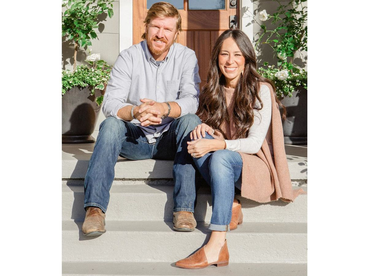 You Re Going To Want Joanna Gaines Shoes From The Latest Episode