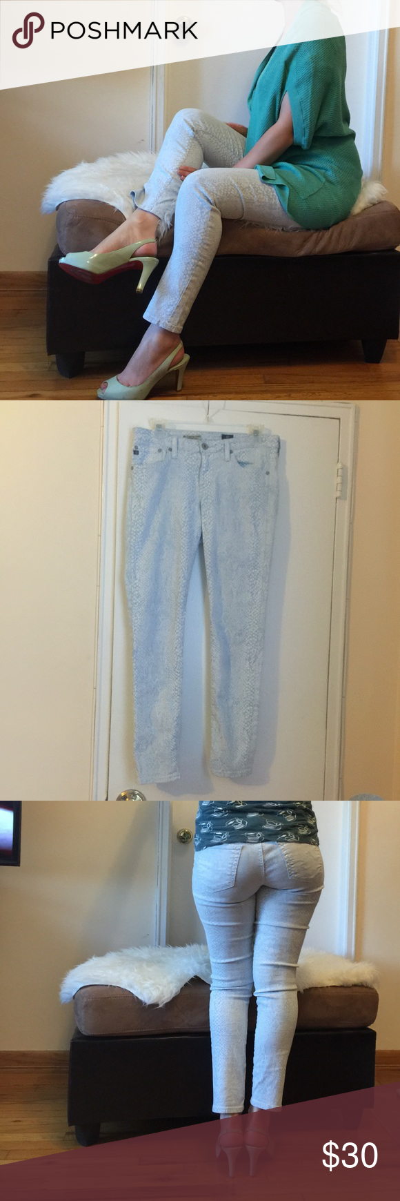 AG jeans the legging super skinny ankle 29 AG jeans. Size 29. Extra true to size. Stretchy. AG Adriano Goldschmied Jeans Skinny