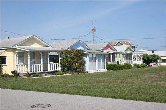 beach cottages kure beach north carolina i used to live next door rh pinterest com