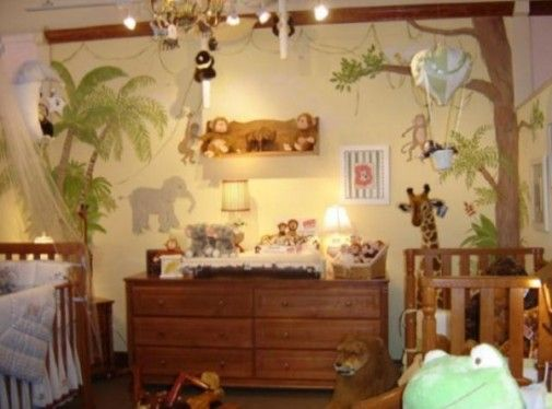 A jungle room for baby boy, I could see it as a girl\'s room with ...