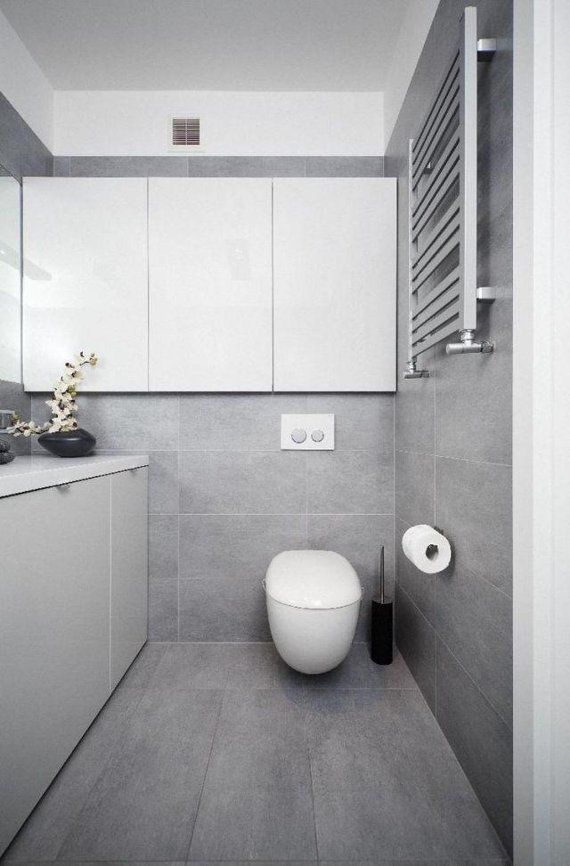 Badezimmer Modern Einrichten Graue Fliesen Weisse Badmoebel   Category  Badezimmer Continued