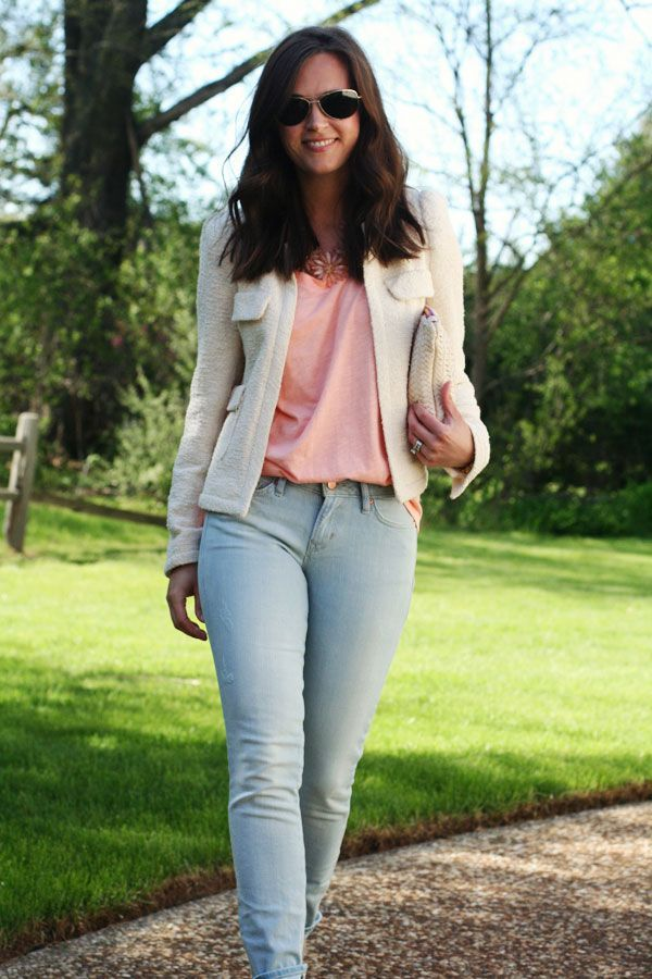 883d15c9fde0 What to Wear with Washed Out Jeans   Fashion #2   Fashion, Light ...