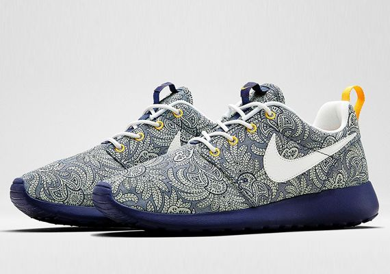 buy online 9ada1 dc7ed Nike Roshe Run  Blue Recall, White, and Atomic Mango Liberty x Nike  Sportswear Summer 2014 Collection
