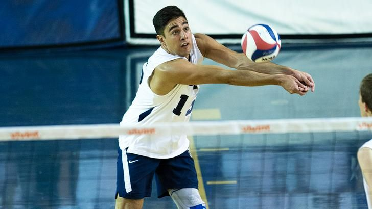 Taylor Sander Honored By Volleyball Magazine Usa Volleyball Team Usa Volleyball Volleyball